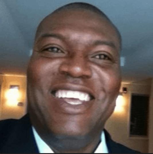 EJ Mitchell – Senior Director Head of Content, LiveCareer
